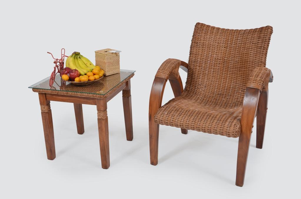 SANTAI CHAIR & LAMP TABLE